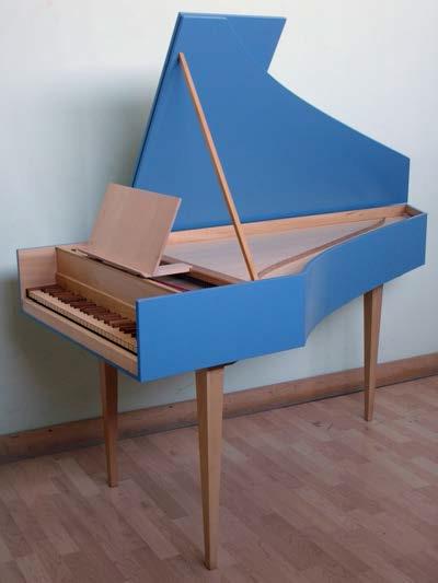 """Little Harpsichord """"Le Petit Clavecin"""""""