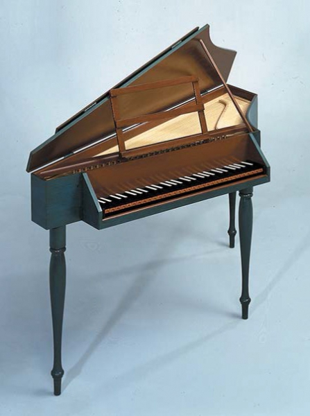 Spinet with Reverse Keyboard, Turned Legs and two-color painted case with undercoat