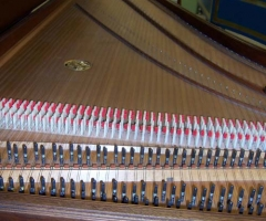 Double Manual French Harpsichord by William Dowd, inside