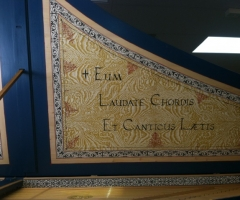 Flemish Double Manual Harpsichord by Anne Acker, lid motto