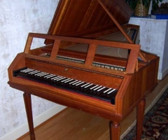 Fortepiano after Stein by Walter Bishop and Anne Acker, front view